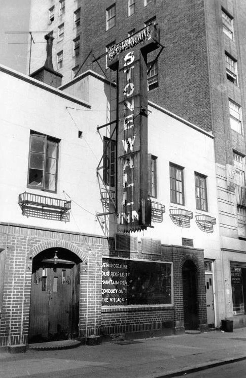 Underdogs Hijacked: Stonewall Riots'Commemorability